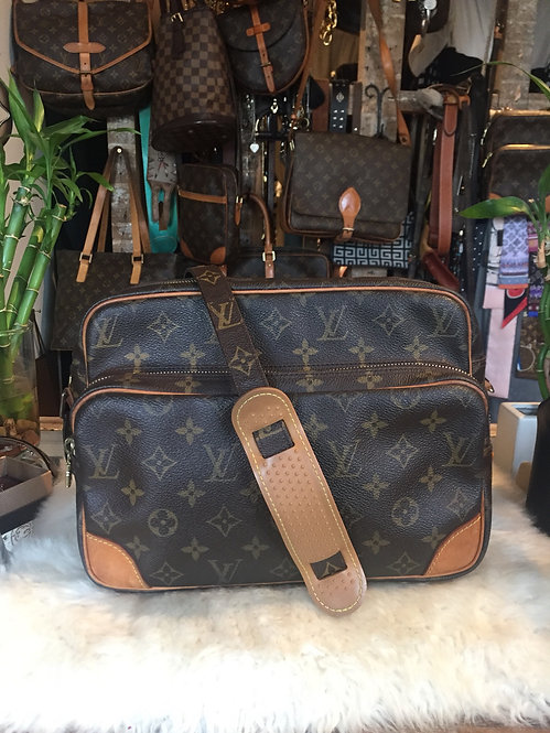Louis Vuitton Monogram Nil Bag