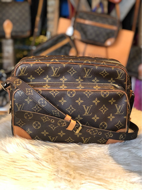 Louis Vuitton Monogram Nil Crossbody Bag
