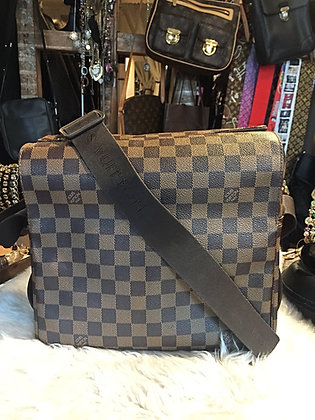 Louis Vuitton Damier Ébène Naviglio Messenger Bag