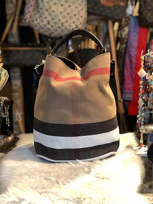 Burberry House Check Susanna Bag