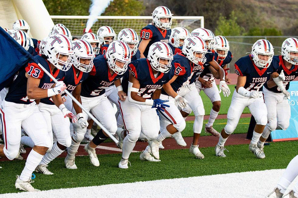 Varsity football 2021-28.jpg