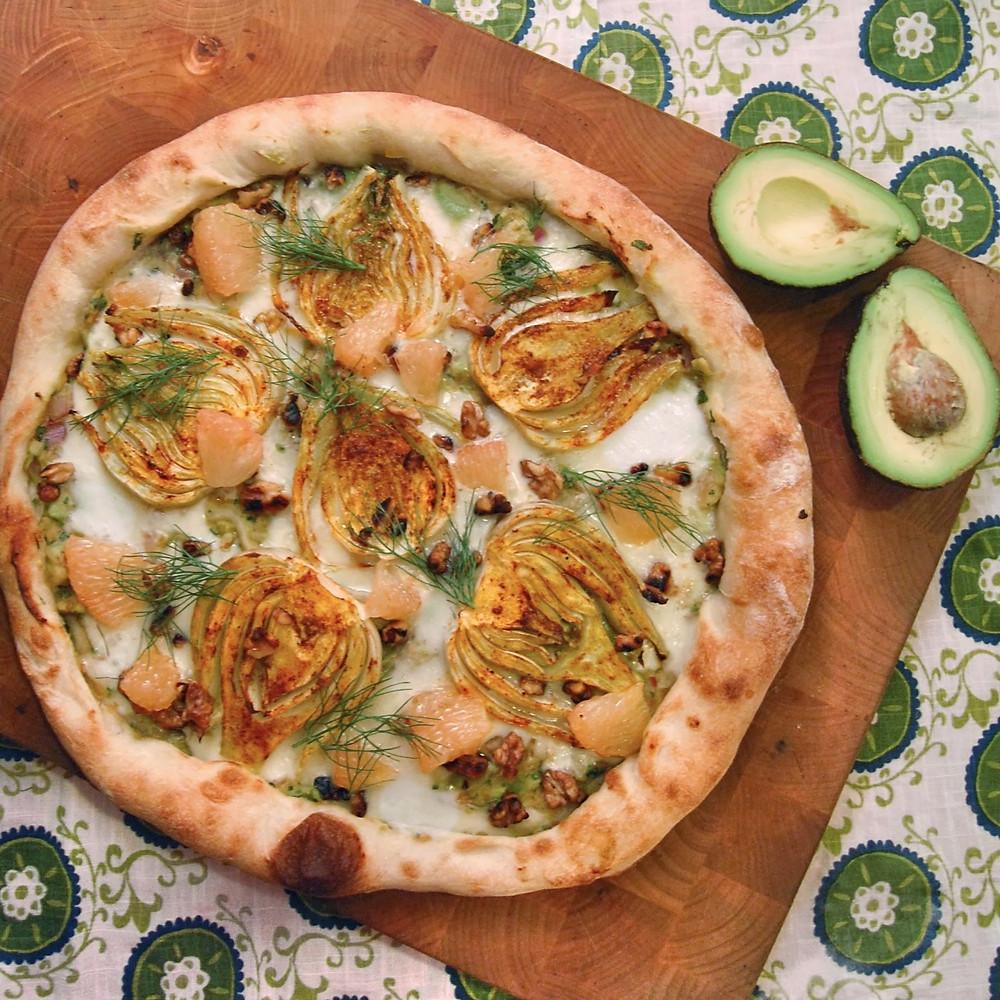 Curried fennel & grapefruit guacamole pizza