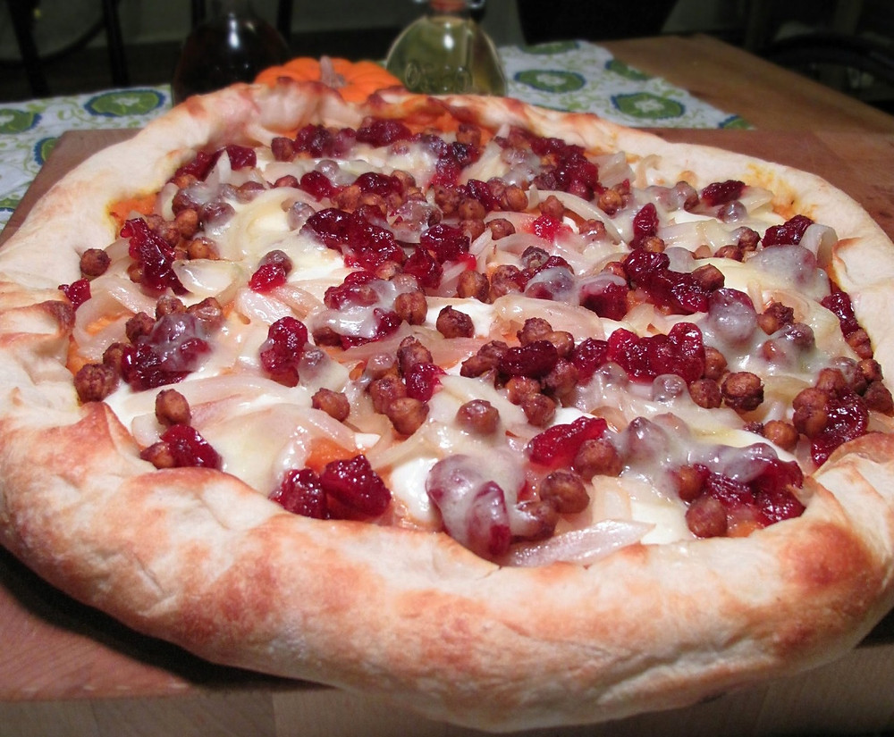 Curried pumpkin, cranberry & chickpea pizza