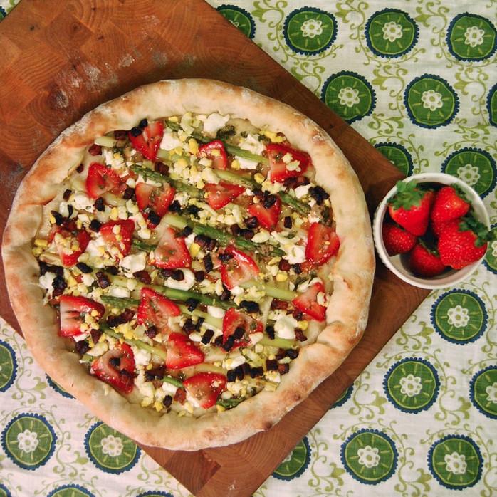 Asparagus, Strawberries & Pancetta