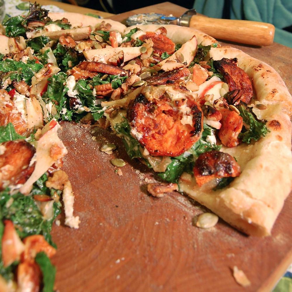 Apple, kale & maple sweet potato pizza
