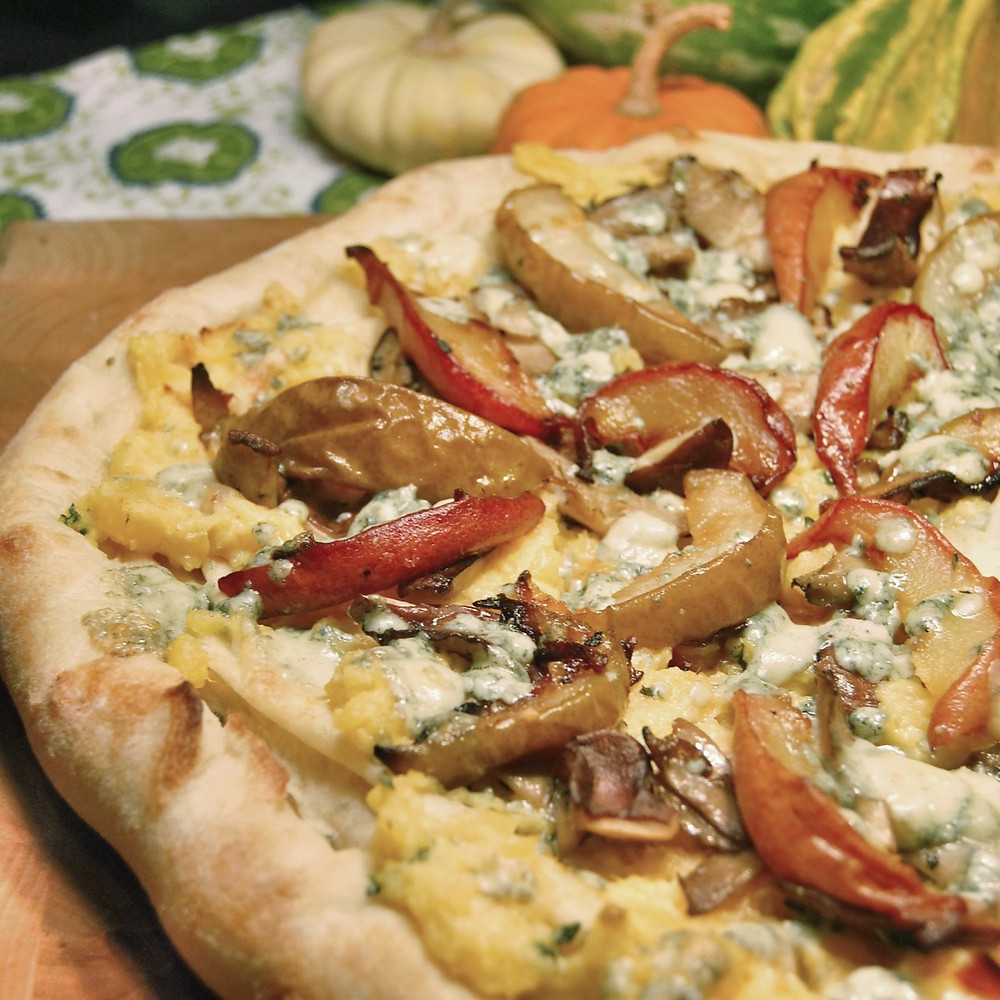Rutabaga, mushroom & ginger-roasted pear pizza