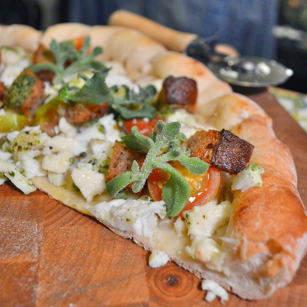 Broiled halibut & ficoïde glaciale pizza