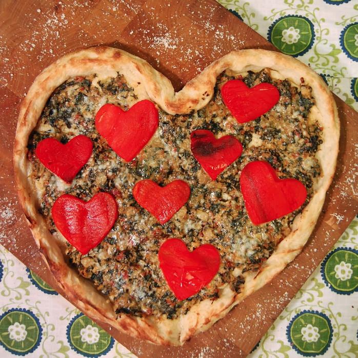 Heart-to-Heart Valentine Pizza