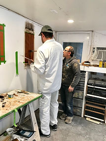student learning wood graining in a faux class at Tust Studio San Francisco