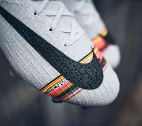 NIKE MERCURIAL SUPERFLY VI - LEVEL UP 2019