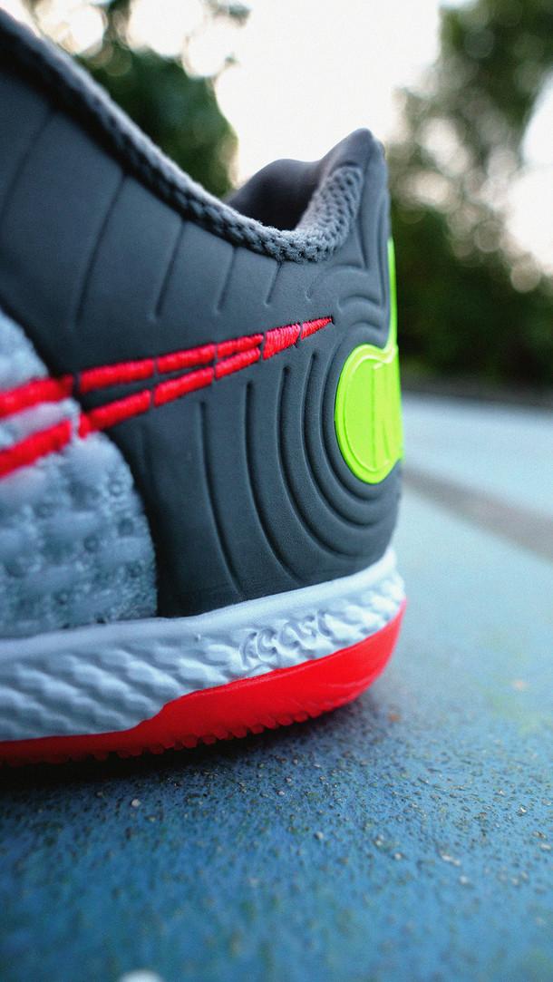 Nike Gato React