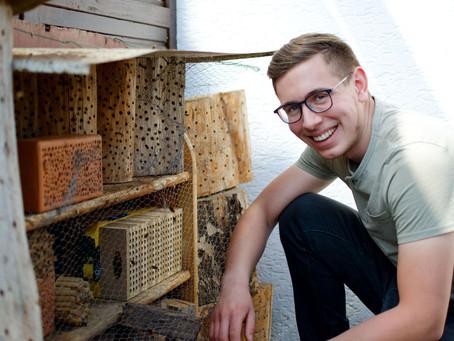 Bee wild! Adrians Wildbienen Hotspot und Selbstversorger Garten - Teil 1 von 2