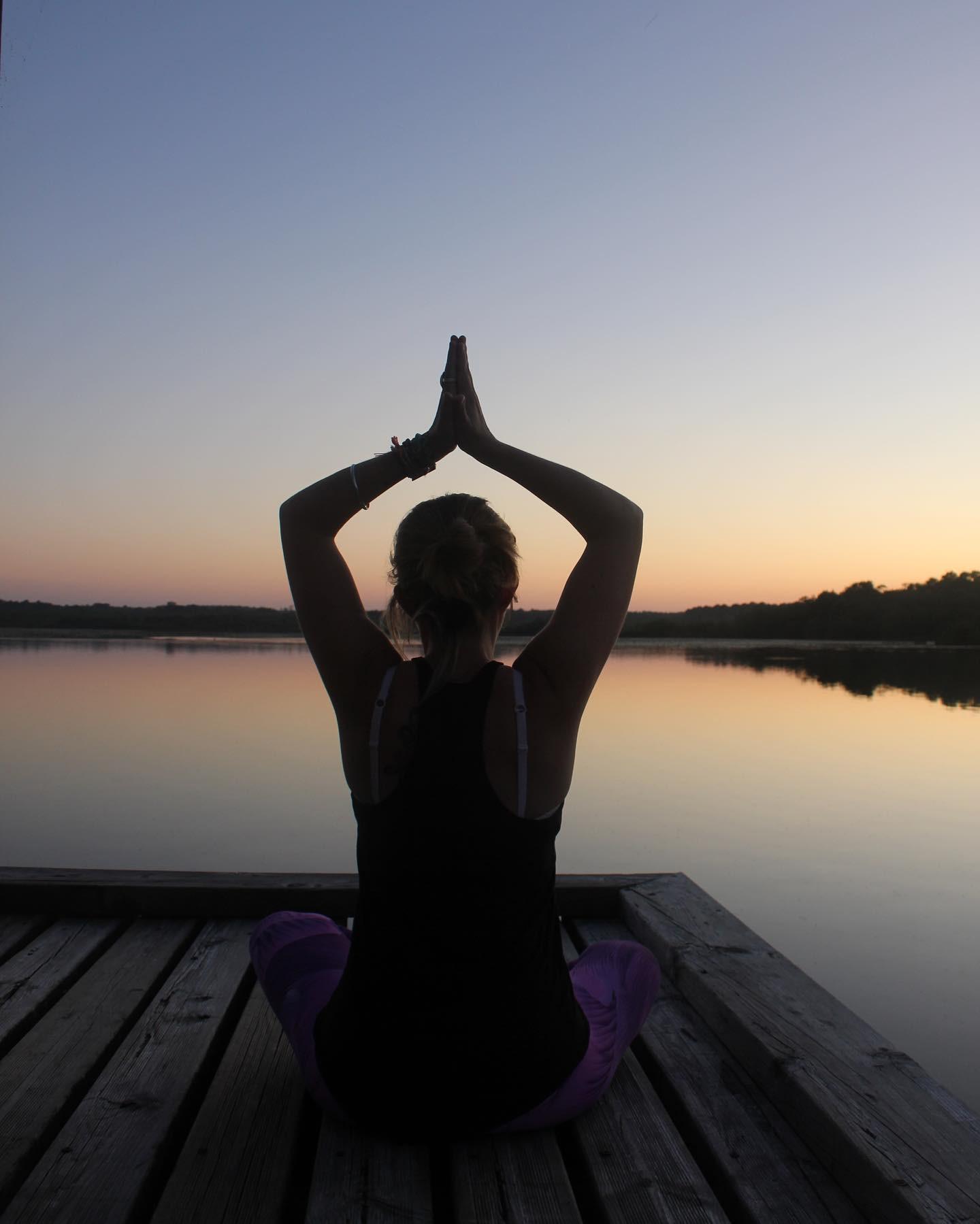 10 cours de yoga en visio