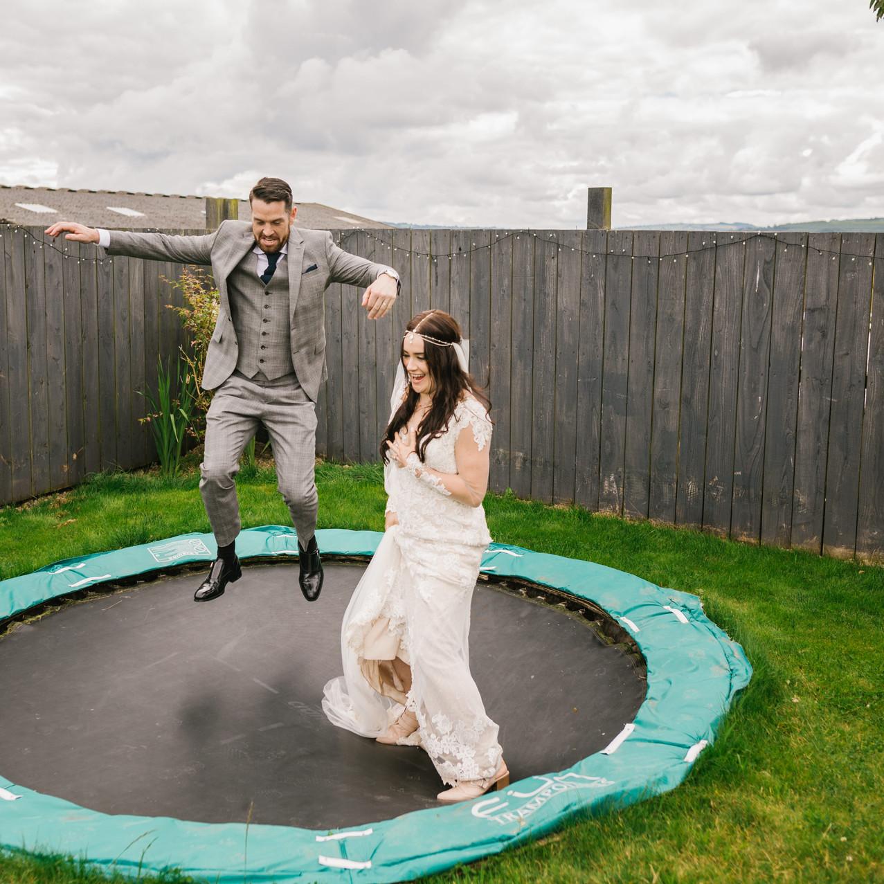 Caerhyn_Farm_Wedding_Photography_Lauren_Barry-725