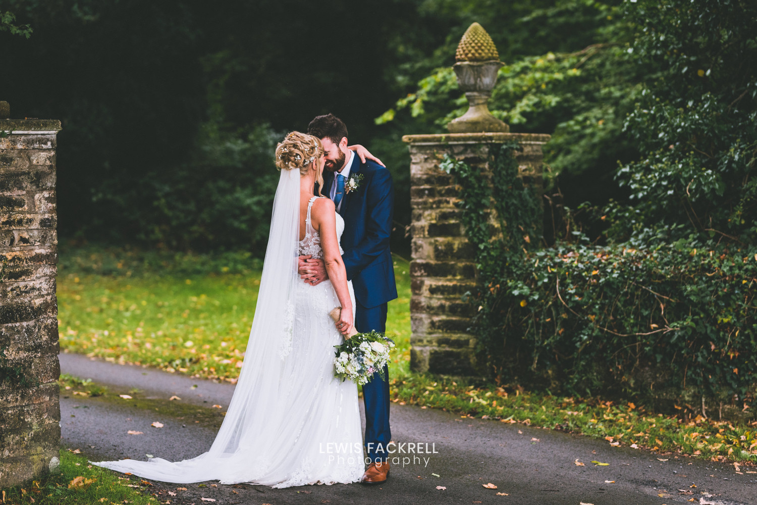TogetherNess weddings - Lewis Fackrell Photography