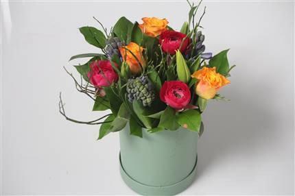 Vibrant Spring Hatbox