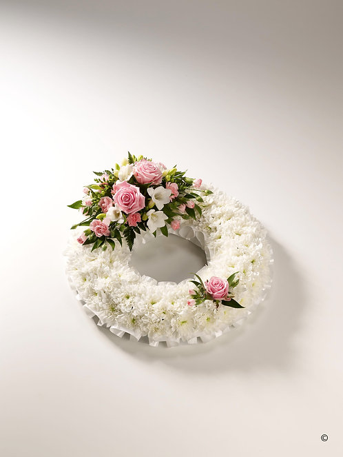 Large Classic White Wreath