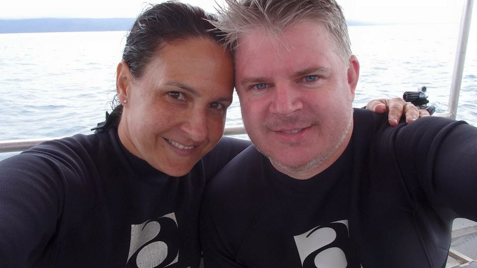 Denise & Jamie Diving Fiji