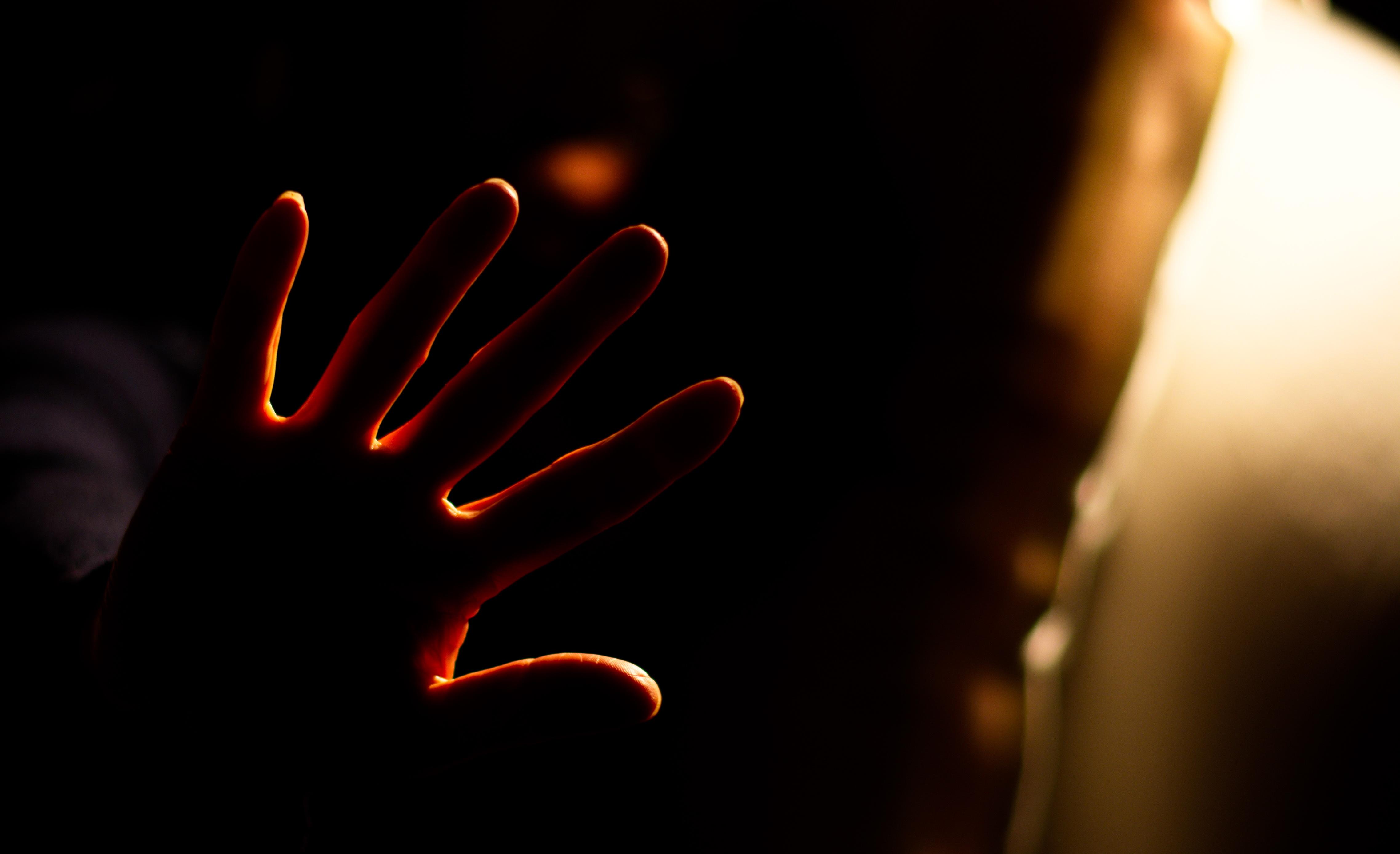 Le contour de ta main