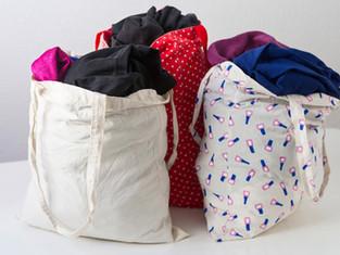 קיבלנו שקית מלאה בבגדים מחברה או אחות, האם זו מתנה או מטלה?