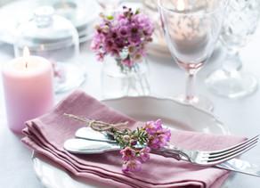 איך מסדרים שולחן חג מושלם