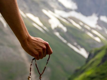 La vida del cristiano debe ser como los enchufes de Suiza...