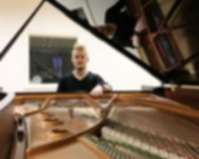 Tim Hocks piano