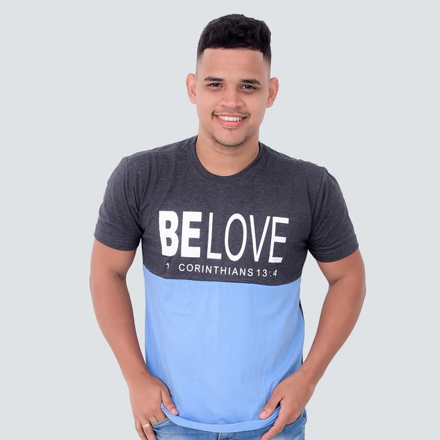 T-shirt com recorte