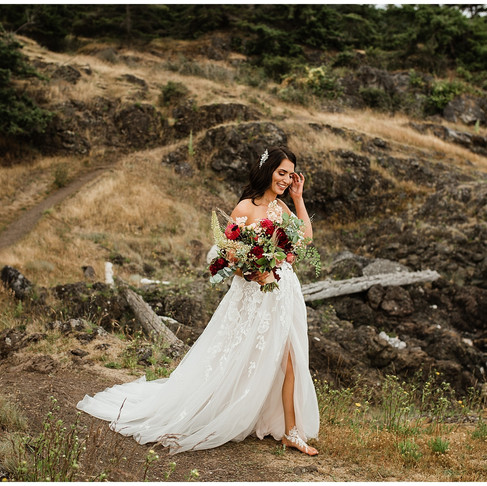 Alexis and Troy's Island Elopement- Friday Harbor, San Juan Islands, Wa