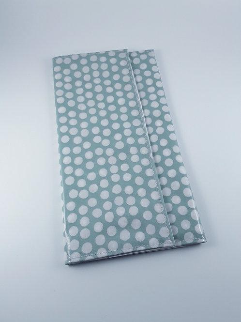 Grande pochette Carte vitale ordonnances en toile enduite bleu pastel à  pois