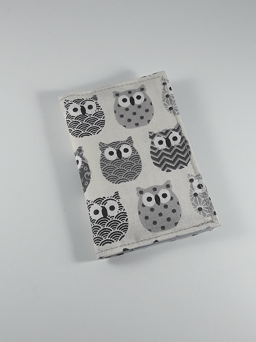 Porte cartes chouettes grises en toile enduite