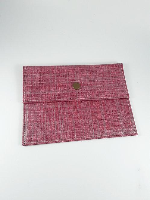 Pochette médium rouge pailletée en toile cirée