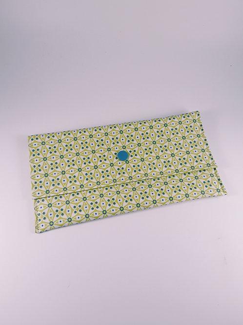 Trousse pochette fourre tout en toile enduite motifs géométriques vert pomme
