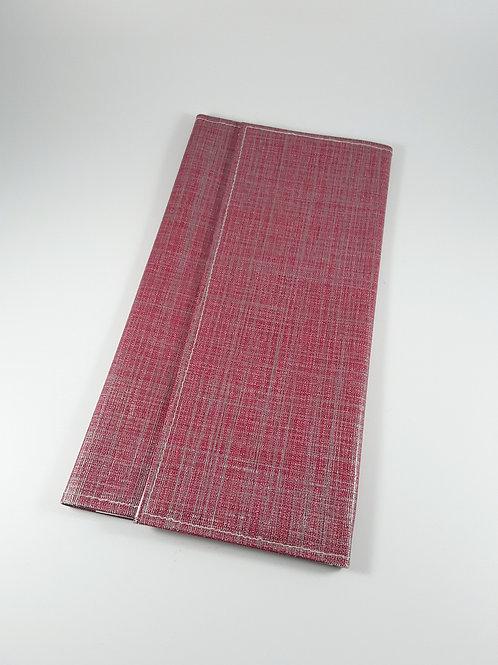 Grande pochette Carte vitale en toile cirée rouge brillant (range ordonnances)