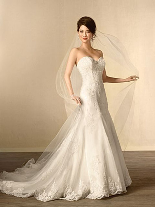 2438 Alfred Angelo