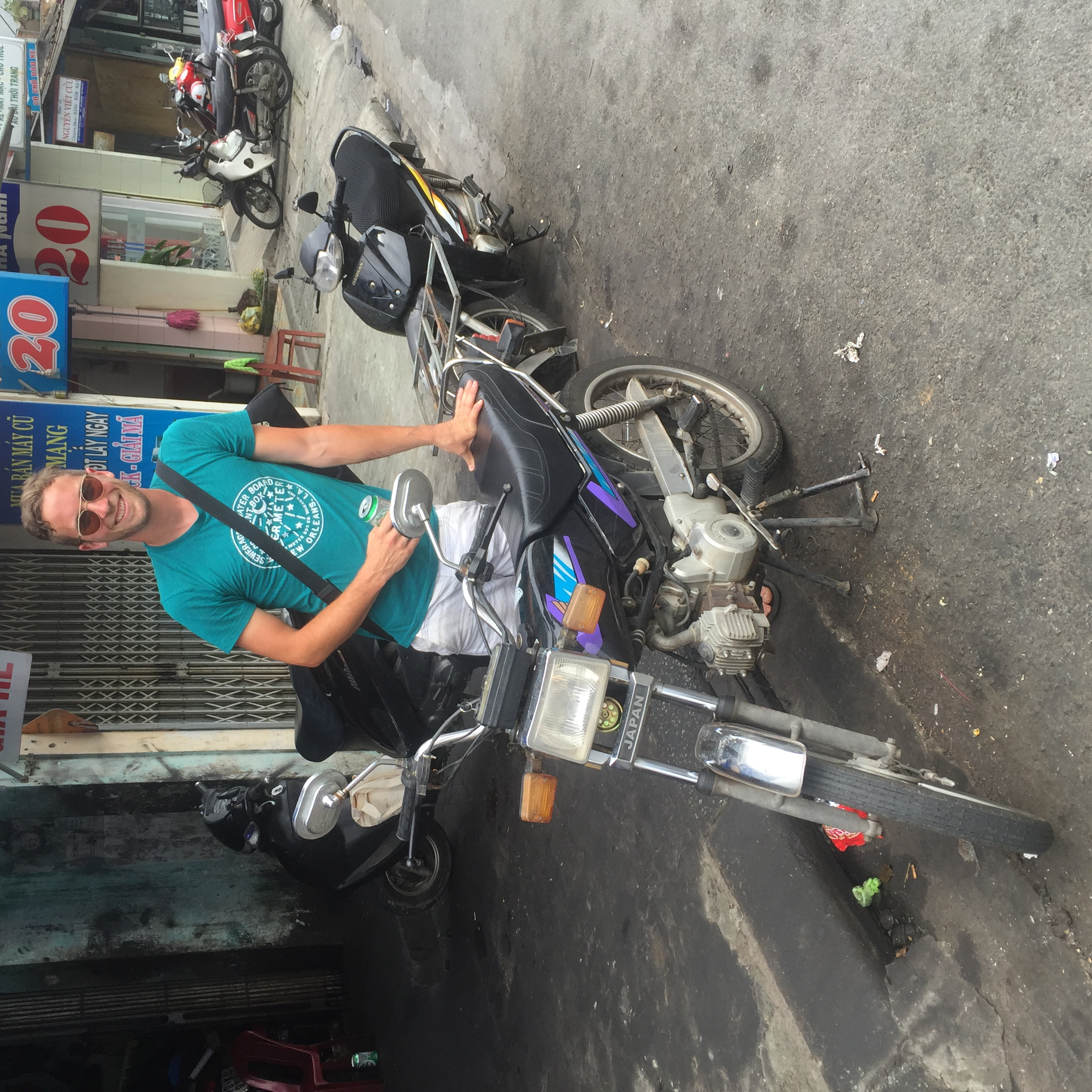 saying goodbye to Cheryl, the Honda Win that I drove up Vietnam
