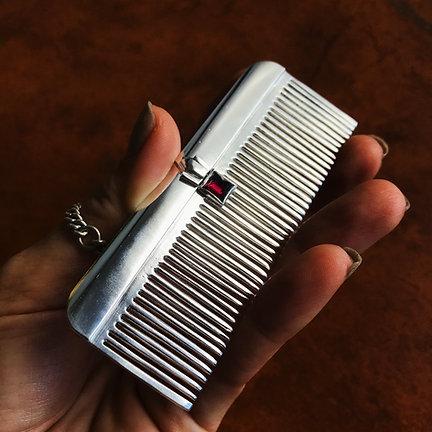 Mary's Comb