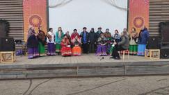 Выступление Народного коллектива «Городской хор «Сударушка» в Центральном парке в честь Масленицы
