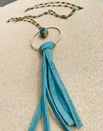 Suede Tassel & Turquoise Seed Beaded Necklace  3904