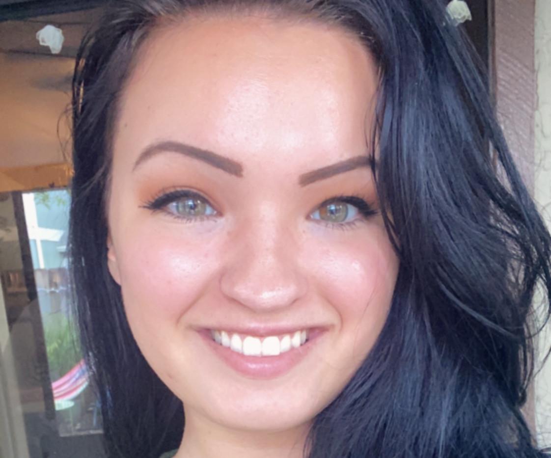Danyelle Spong-Coker (Social Media Manager)