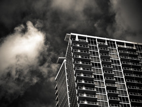 How to Minimise Risks When Investing in Condos for Sale in Singapore