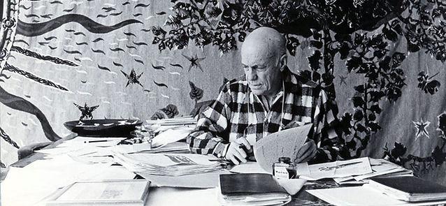 Jean Lurçat au travail, villa Seurat, 1961. Archives Fondation