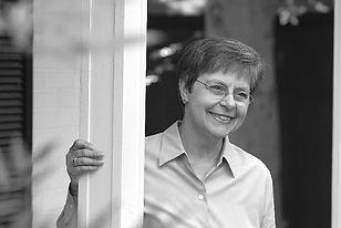 Linda Seaman.jpg