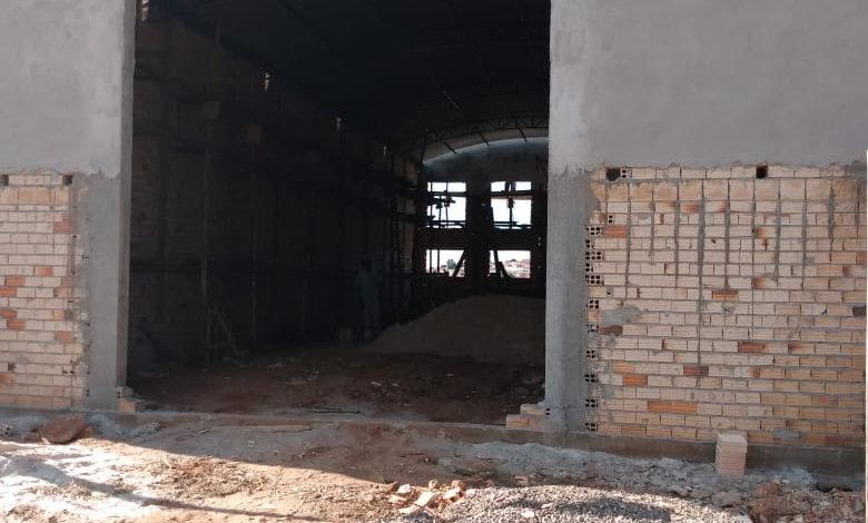 REF 200 Barracão 260 m², 2 banheiros, Piraju /SP.