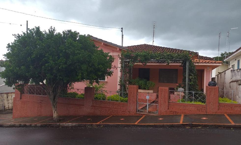 REF 203 Casa, 259,90 m², 3 dormitórios, Bairro Alto.
