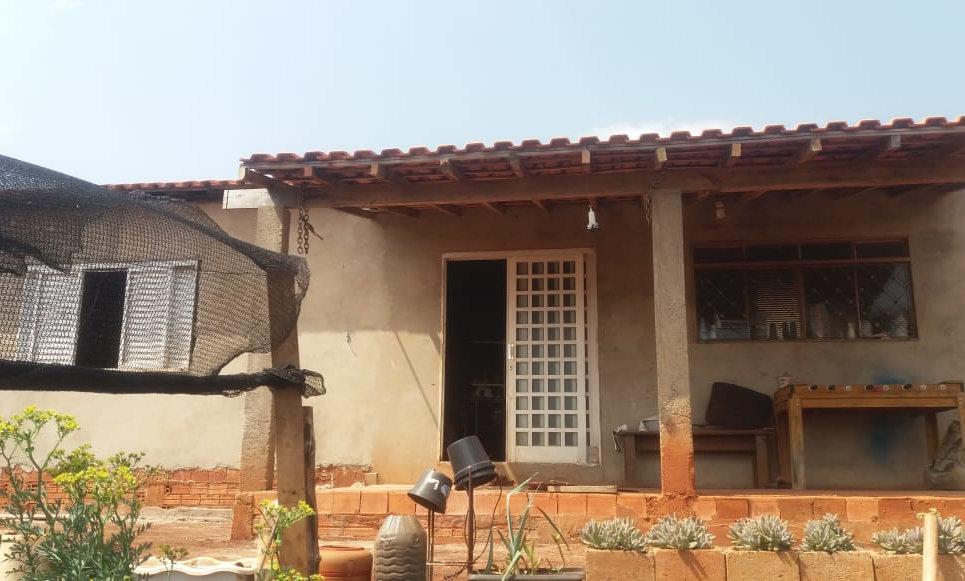 REF 175 Chácara, 497 m², 1 dormitório, Sarutaia /SP.