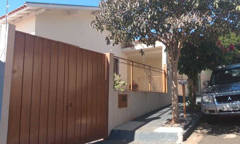REF 244 Casa, 125m², 4 dormitórios, Piraju /SP.