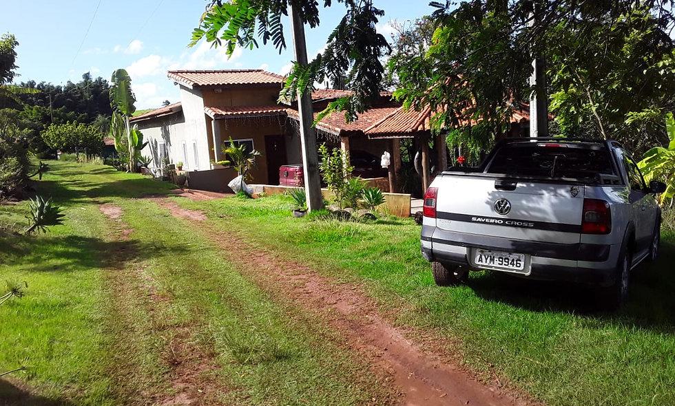REF 208 Chácara 21.000 m², a 3 km da cidade  Piraju /SP.