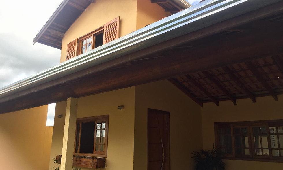 REF 212 Casa, 190 m², 3 dormitórios, Bairro Jd Vila Rica- Itai/SP