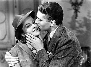 rebecca-1940-laurence-olivier-kissing-jo